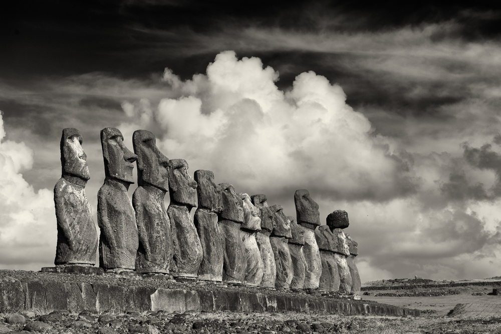 15 MOAI, Tongariki, Easter Island, Chile