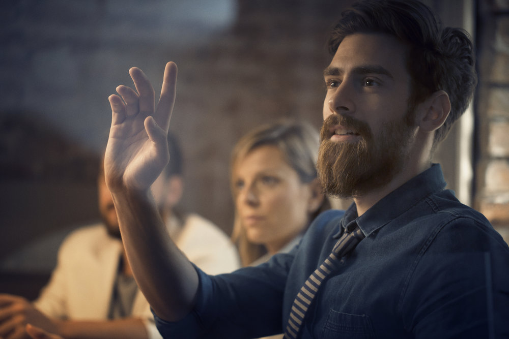 Mötesteknik är rocket science   Med oss får du en kunnig fullservicepartner som tar era möten till nästa nivå.   Support och service