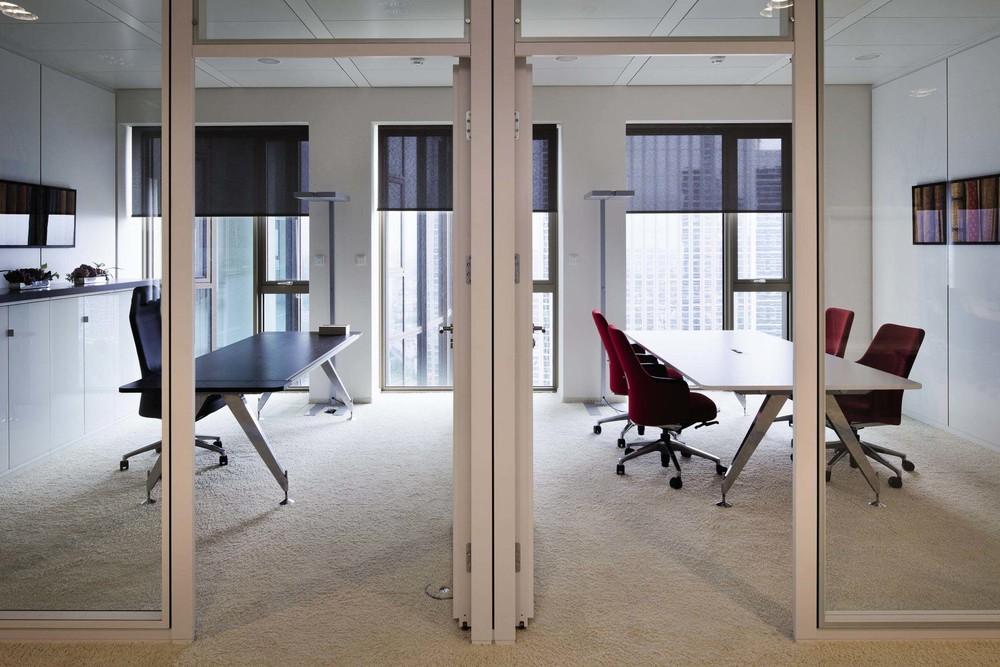 Objektrollos Innenbeschattung - Büroraum