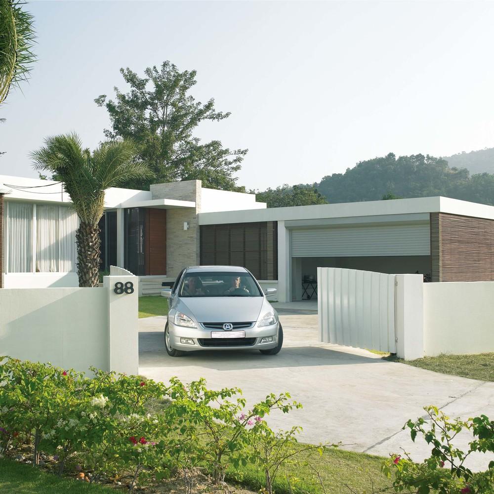 somy-smart-home-heimautomatisierung-Garage_Hoftor_Auto_Original_3685.jpg