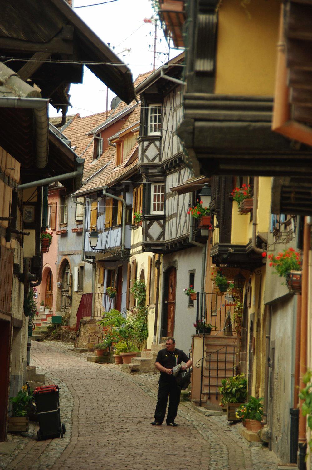pittoreska eguisheim vid vinvägen