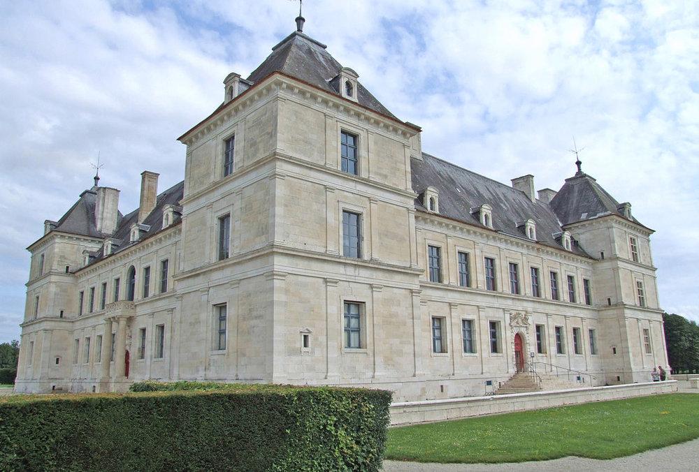 Slottet i Ancy-le-Franc Foto Christophe.Finot
