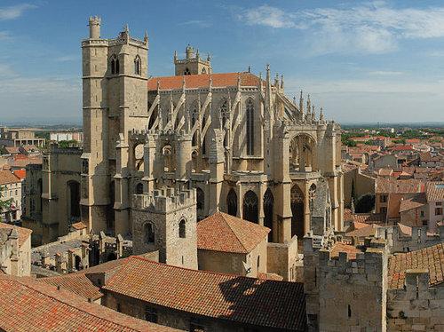 Narbonne, katedralen st just. foto Benh LIEU SONG