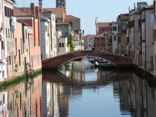 Chioggia, bro över Canal vena. foto Twice25 & Rinina25