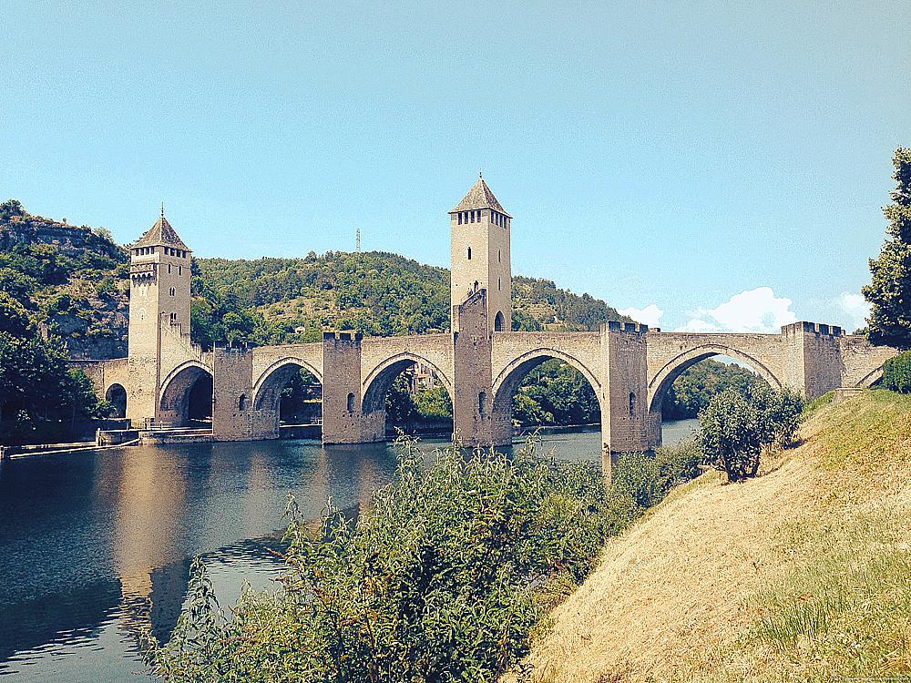 BRON Le Pont Valentre© Lot Tourisme A. Druine