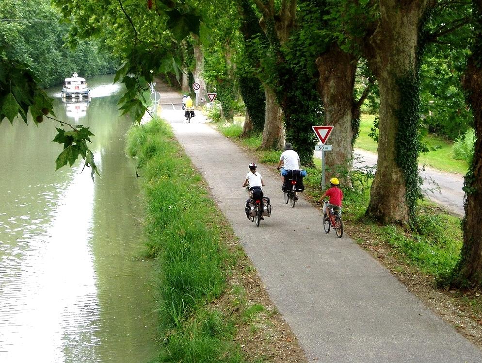 cykelvägen längs Canal de garonne