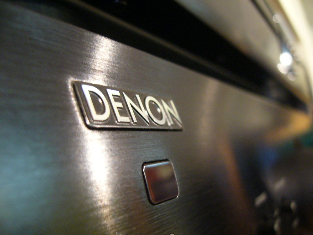 Take a closer look & listen to Denon's Flagship Hifi products the DCD-2500NE & PMA-2500NE..