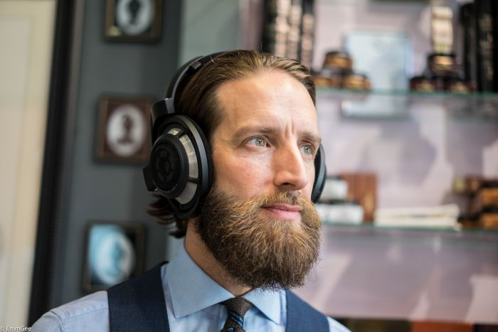 Matt from Doherty Evans & Stott  looking absolutely dapper with his Sennheiser HD800s.