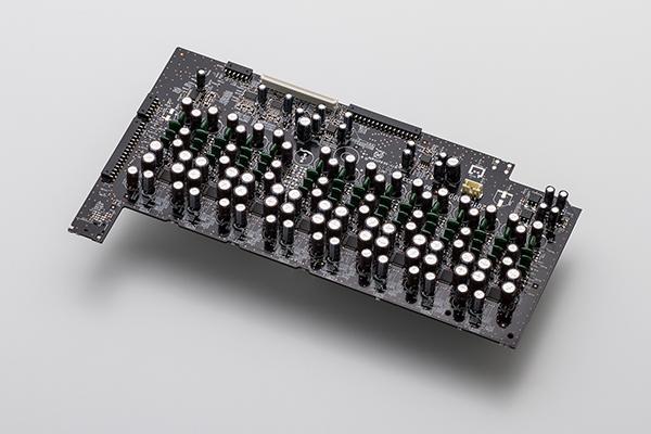 AV8805_DAC_Board_2_600px.jpg