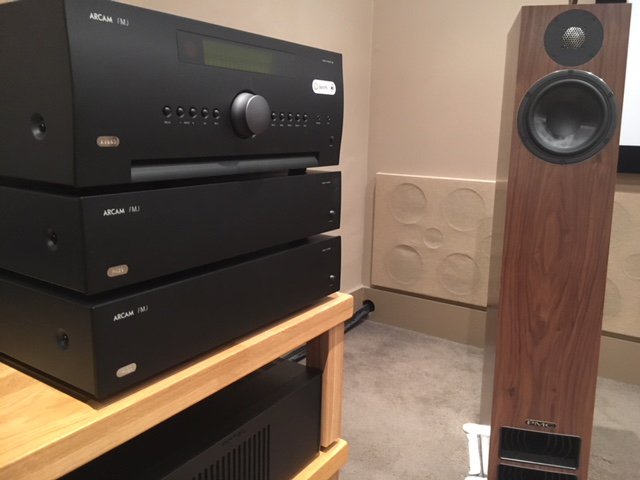 Arcam AV860 and 2 x Arcam P429 Power Amps