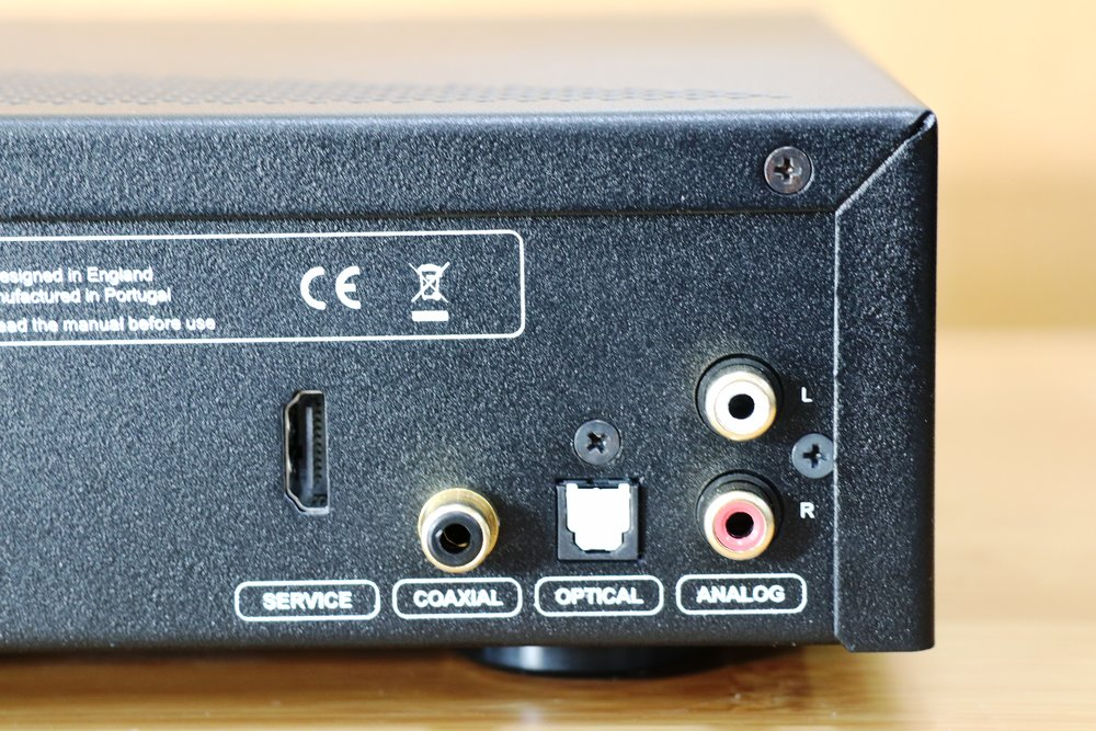 Built in 192kHz 24bitiDAC -