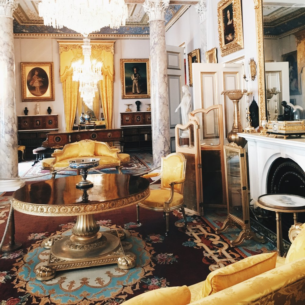 This room shows the opulence that runs throughout the house.  Just like your average holiday home!!