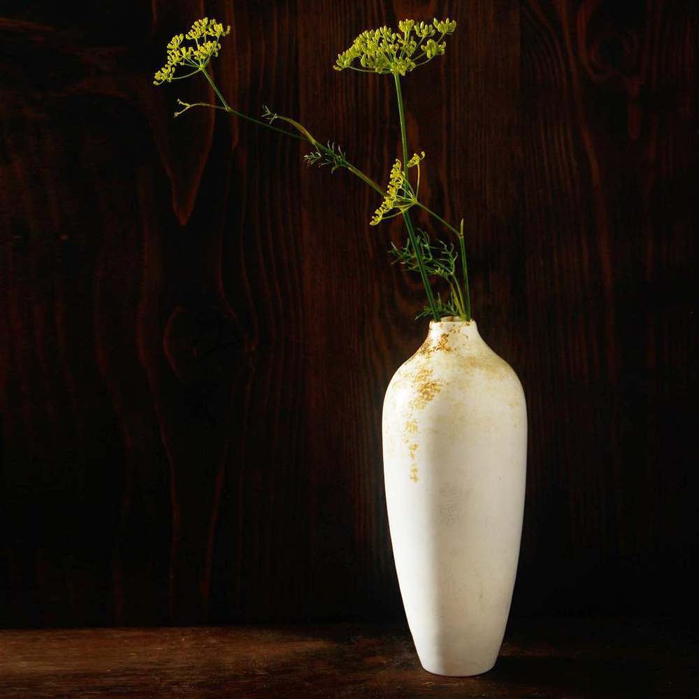 10_porcelain_vase.jpg