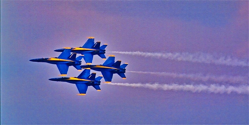 Blue Angels - Tight Diamond
