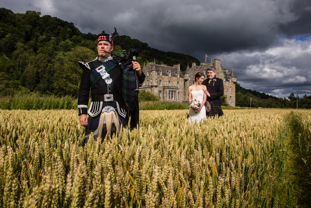 Summer wedding at Castle Menzies, Aberfeldy