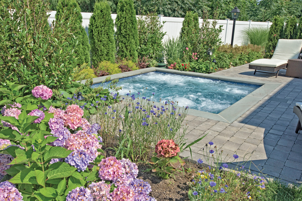 Chaikin Ultimate Pools  -  Silver , Custom Spa