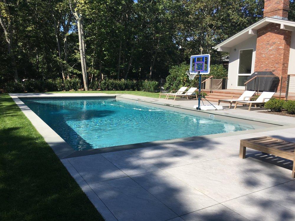 Cat2 Vinyl Traditional Bronze Gibbons Pools.JPG