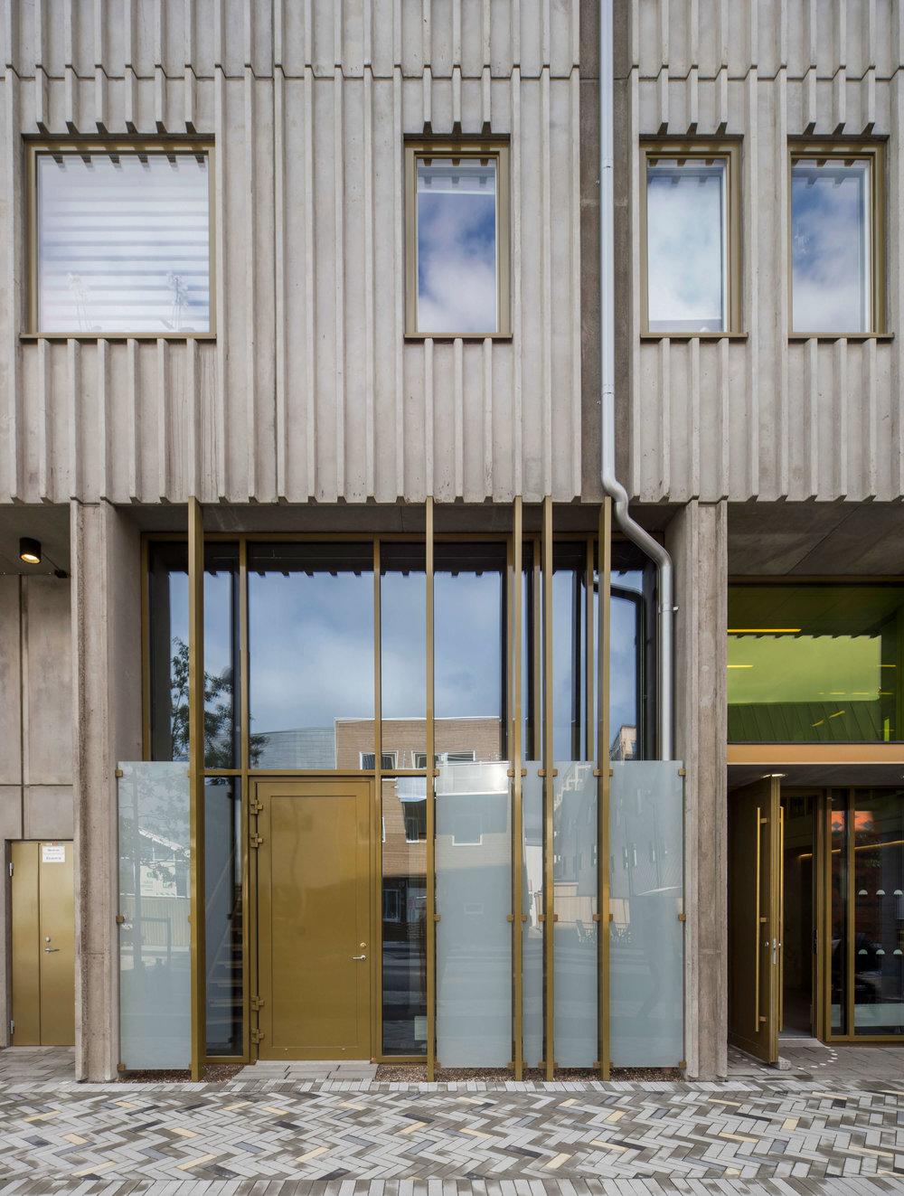 Olika material med besläktade uttryck. Magnus Ståhl Arkitekter.
