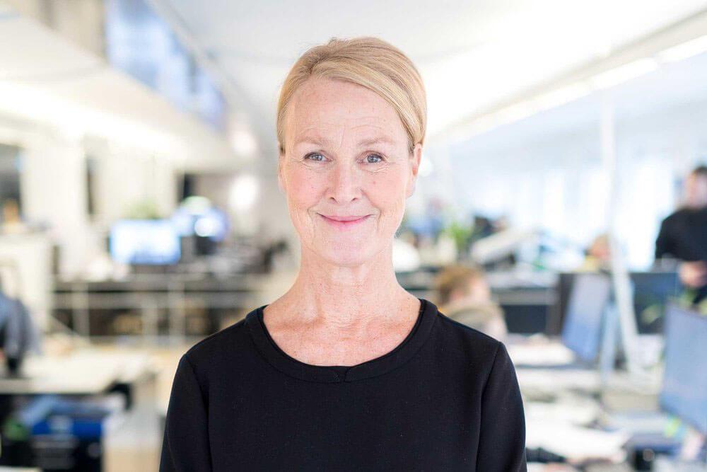 Pernilla Carle Bauer - KontorsassistentTill Lindberg Stenberg i september 2017. Kommer närmast från egen verksamhet. Kontorsassistent och specialiserad på grafisk design. Intresserad av målning, trädgård och tennis.