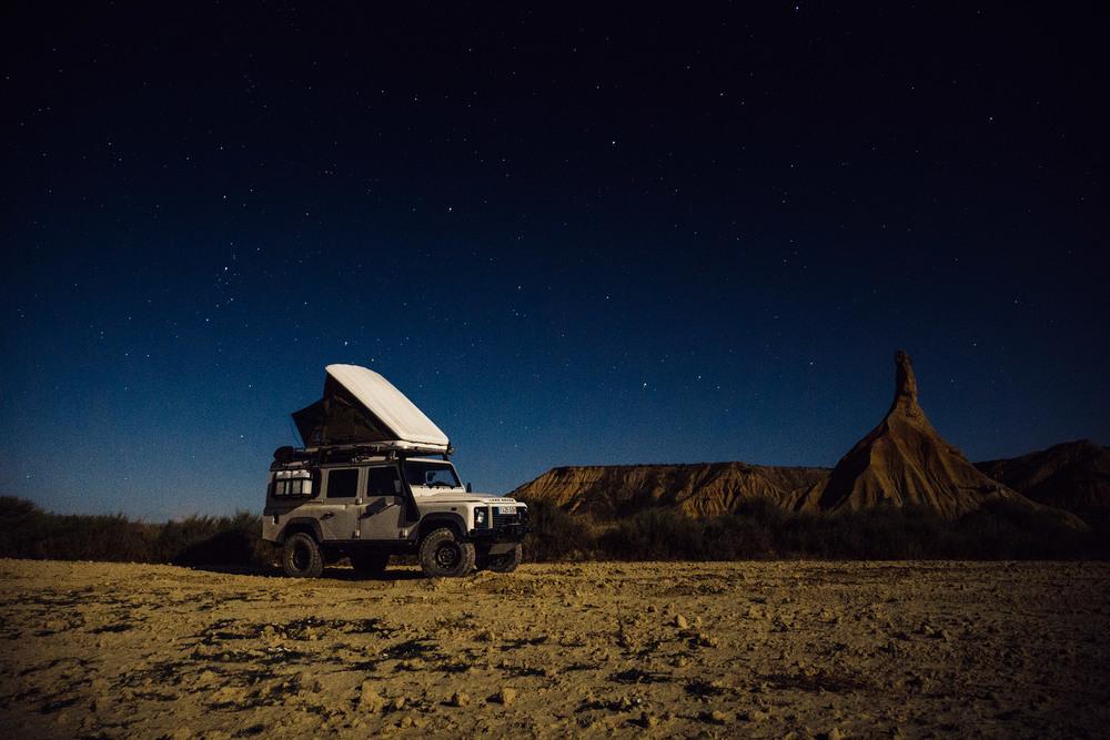 Landrover under the stars