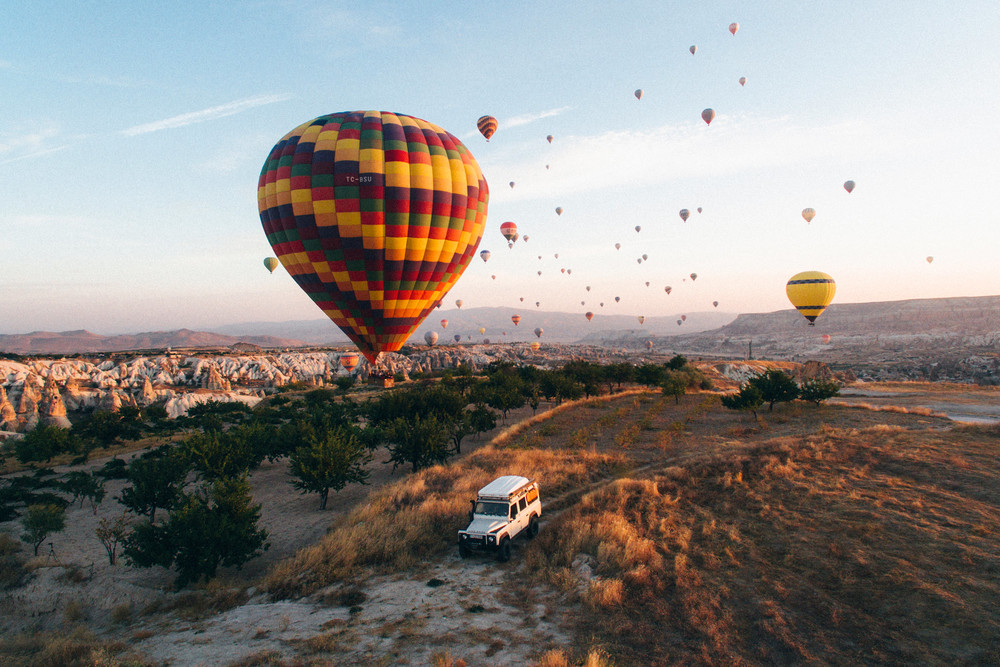 Landrover surrounded by balloons, Cappadocia