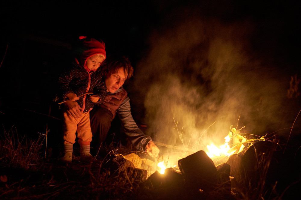 My wife and daughter by the fire, Nemrut crater