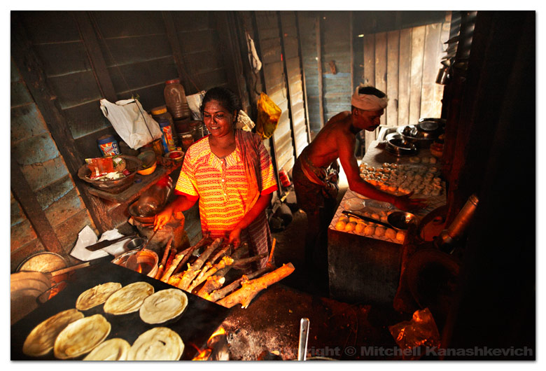 kollam-teashop-cooking