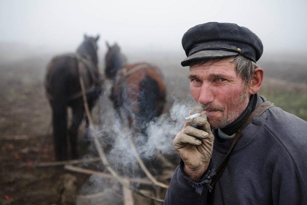 Romanian-farmer.jpg