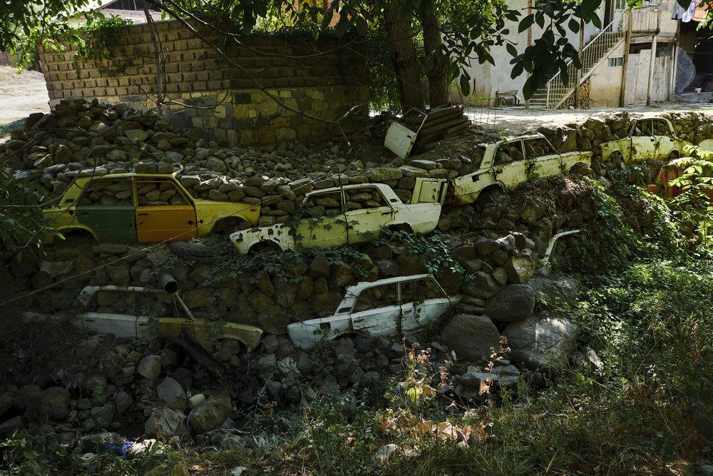 Arrmenia-village-wall-from-Lada