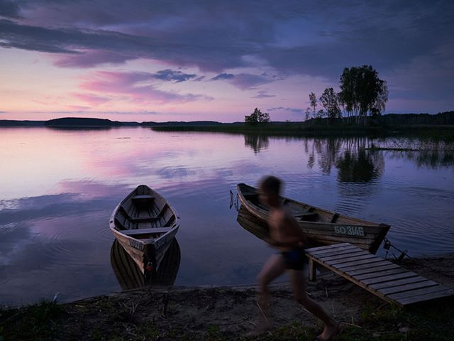 Memories of my childhood in Belarus... #dusk #sunset #landscape #lake #dusk #clouds #travel #traveler #travelphotographer #travelphotography #travelgram #travelphotography #wanderlust #boat #nature #beautyofnature #memories #nostalgic #peaceful #tranquil