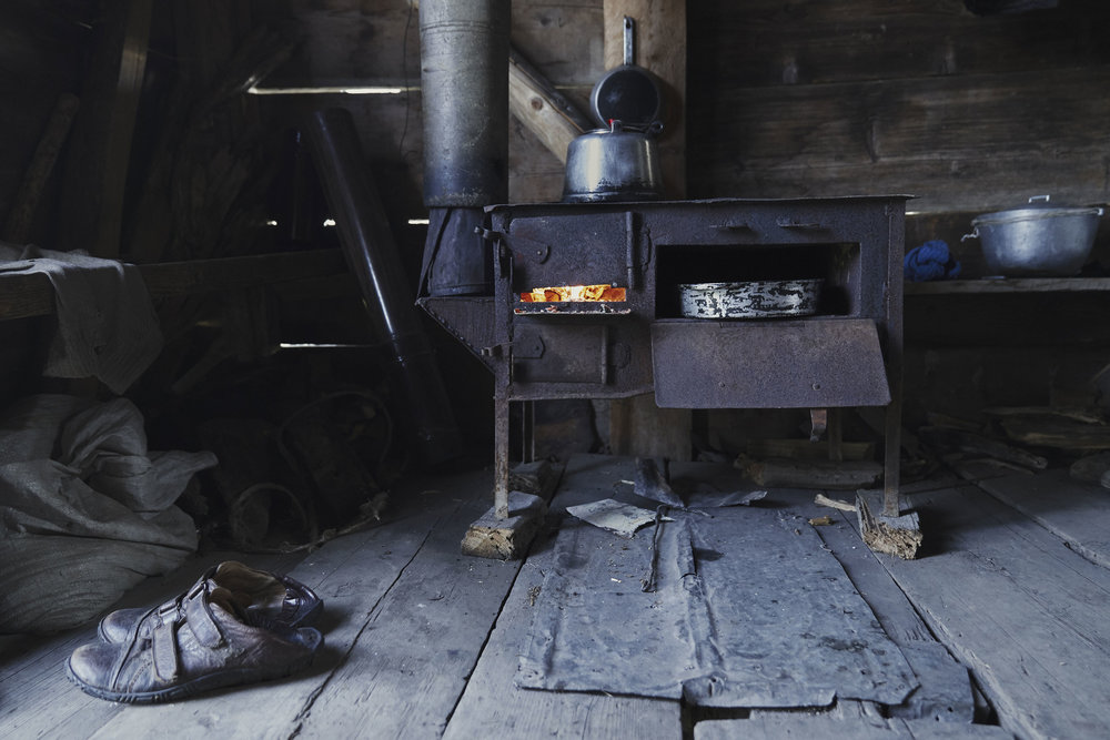 Tamaz the forest shepherd - inside hut.JPG