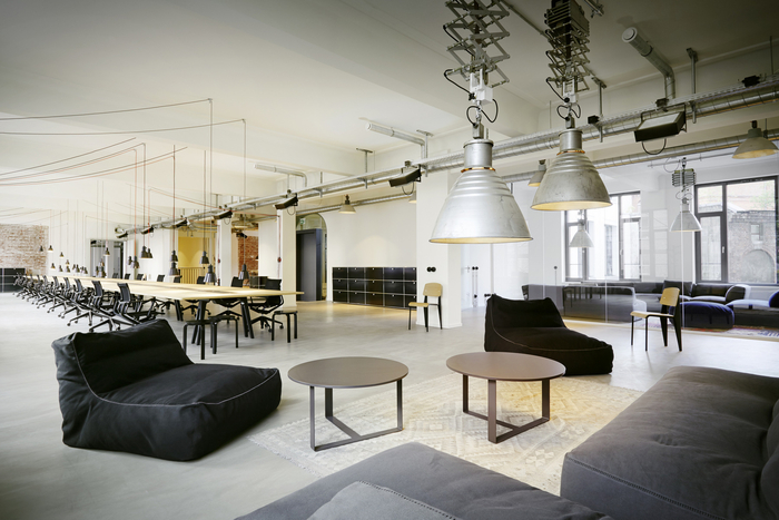 geometry-global-office-design-18-700x467.jpg