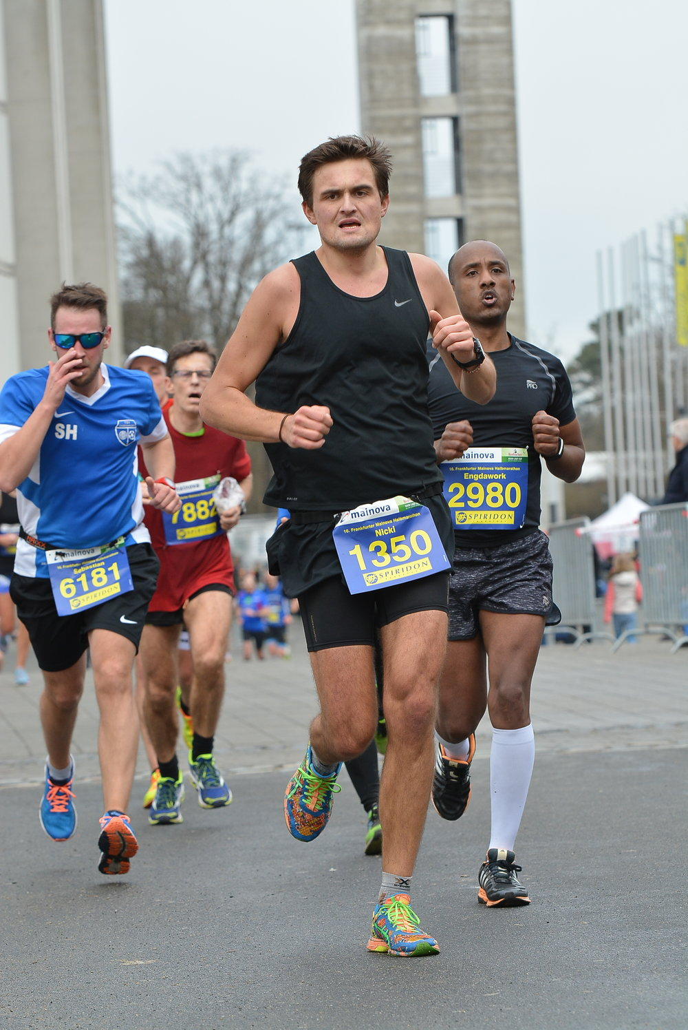 Nicki-Lange-Frankfurt-Half-Marathon-2018-4.jpg