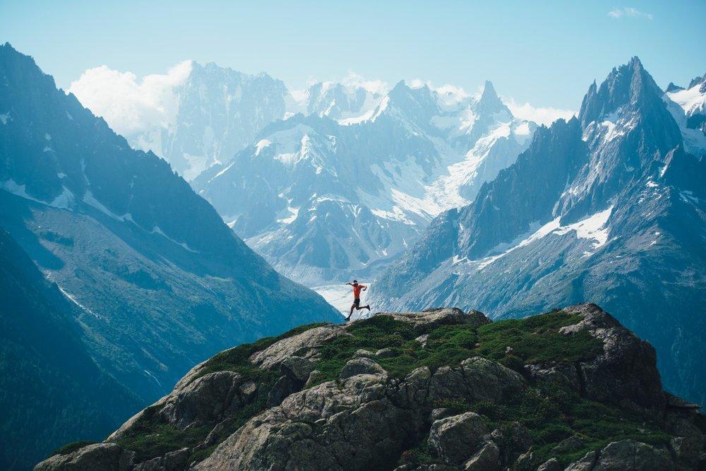 Kelvin-Trautmann-Ryan-Sandes-RedBull-Mountains-Chamonix.jpg