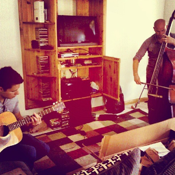 We are trying to keep our options open. @frankievictory @erictuv #music #bass #guitar #writing #acoustic #kentucky #bluegrass #southisonfire #goingcountry #notreallytho