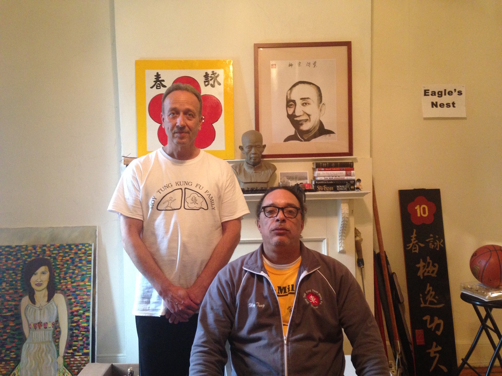 Grandmaster Moy Tung with his student Tim Lee, the sifu of the Milwaukee Moy Yat Kung Fu Academy.