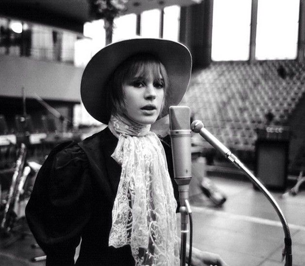 Marianne Faithfull by Peter Seeger, 1967.