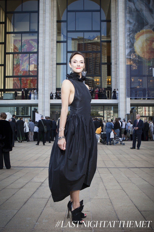 leah hofmann kelsey randall met opera red carpet
