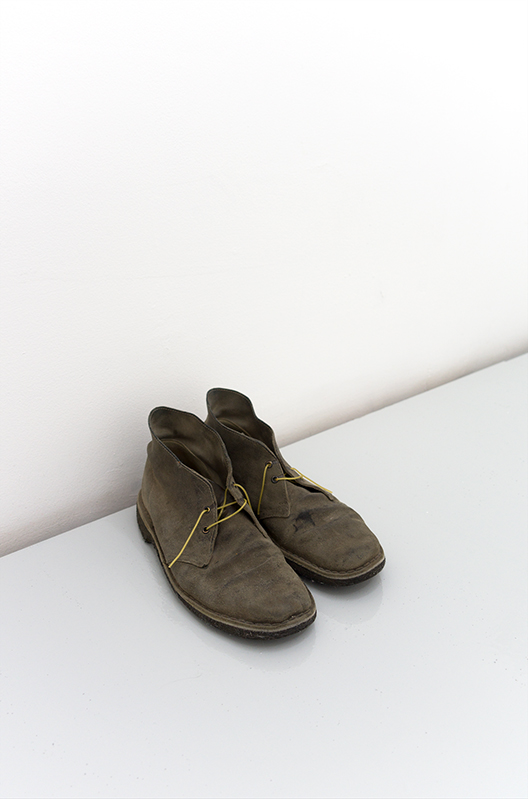 Jiří Kovanda, Untitled, 2004, Shoes, cooked spaghetti