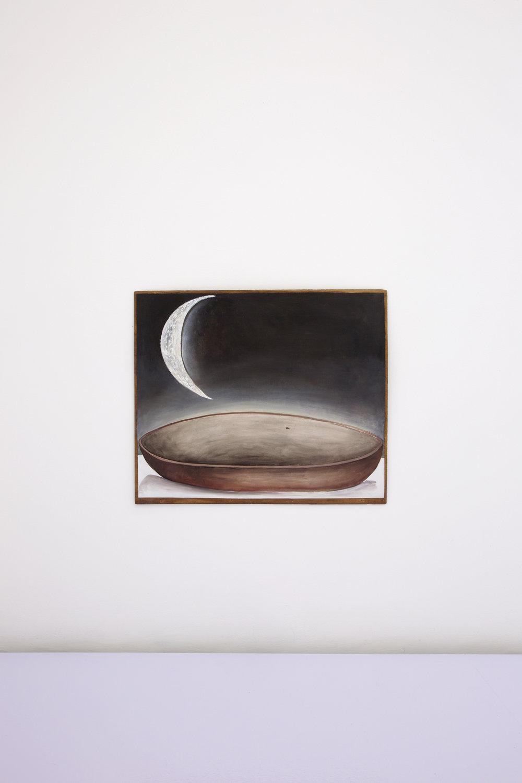 Santiago de Paoli, Luna sola, 2017. Óleo en madera, 58 x 49 cm (23 x 19 in.)