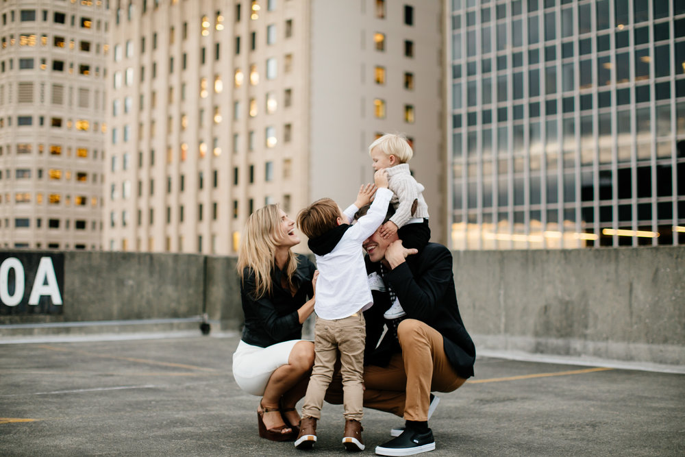 41seattle-family-photographer-catie-bergman-photography-pnw-newborn-portrait-lifestylephotography.jpg