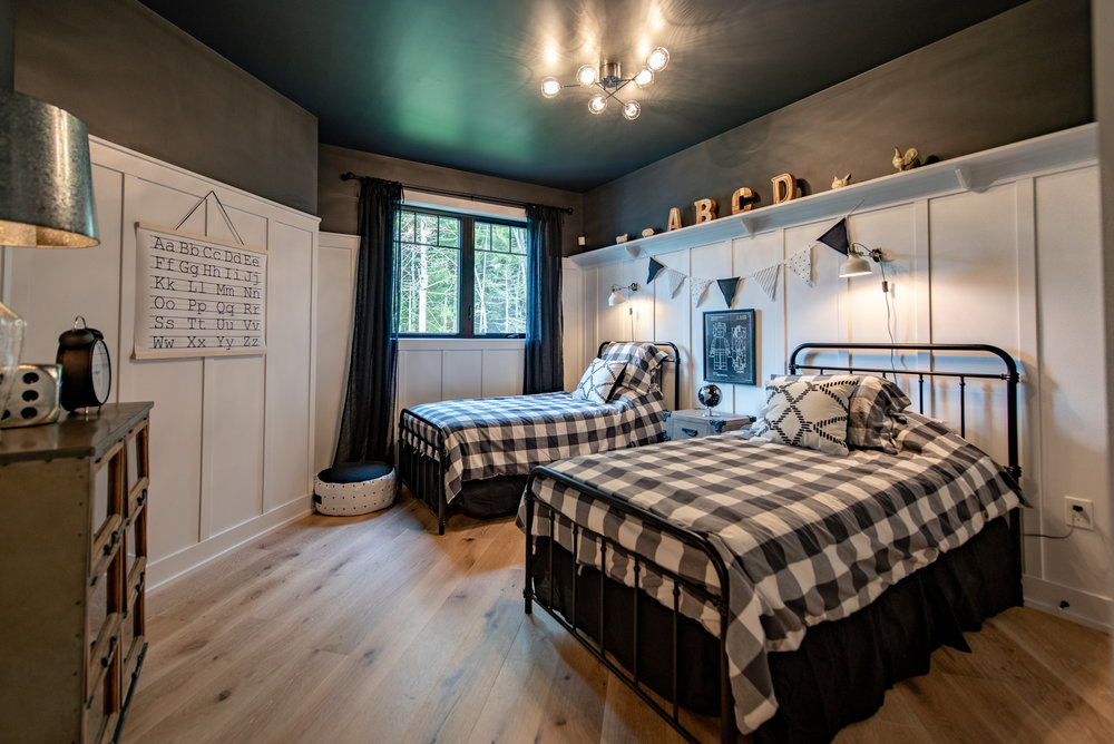 Kids BedroomDAC_7062-HDR_.jpg