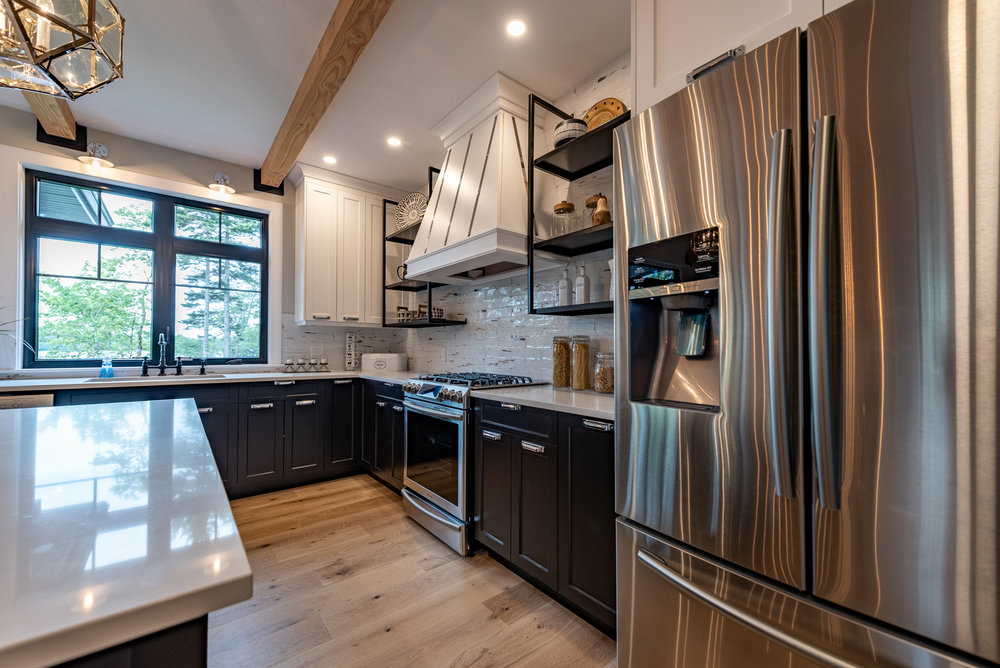 Kitchen diningDAC_7044-HDR_.jpg