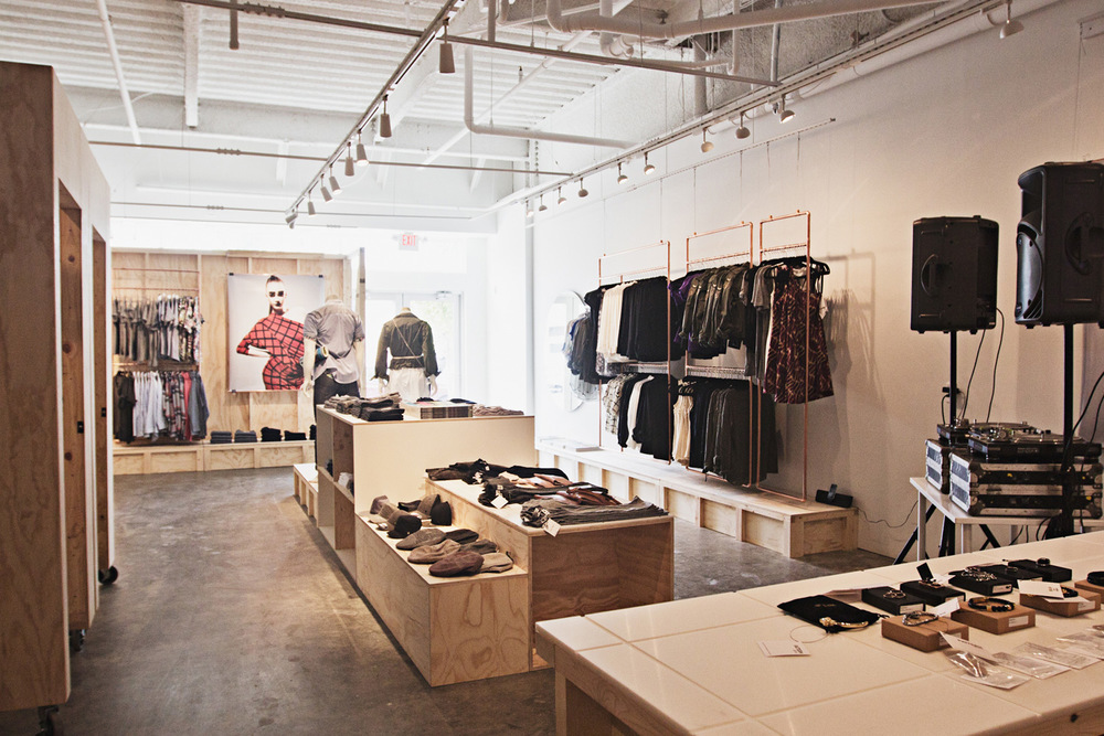Pattern Retail Store Office LUUR