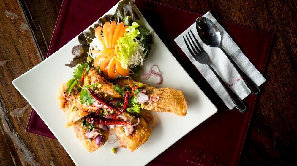RUBY FISH IN SPICY CONDIMENT - ปลาทับทิมทอดกรอบ ราดด้วยซอสน้ำตก เหมาะกับข้าวสวยร้อนๆ