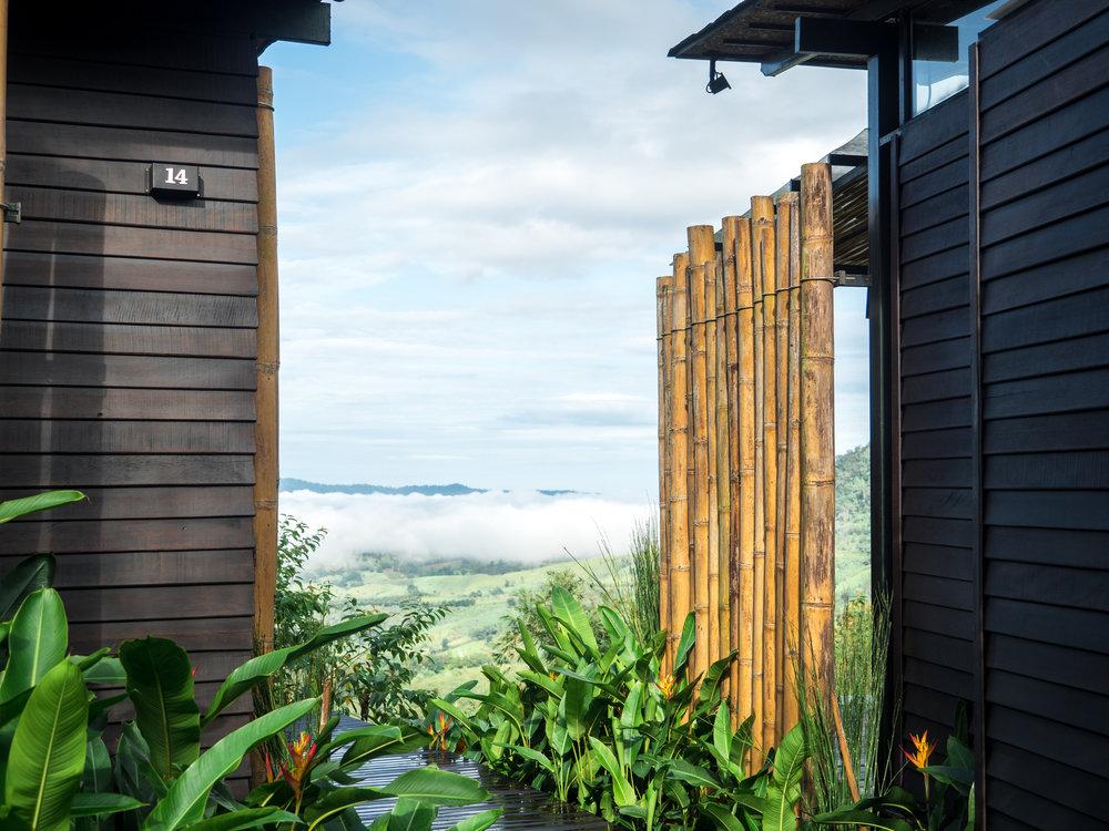 ทะเลหมอก - ห้อง Standard room สามารถมองเห็นทะเลหมอกได้จากบริเวณที่พัก