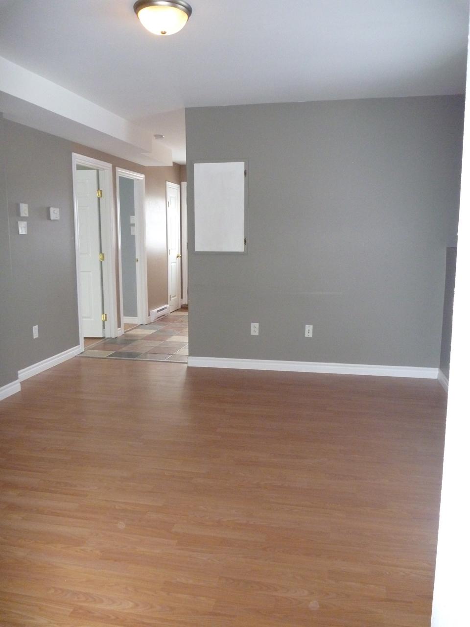 5  Living Room 2.jpg