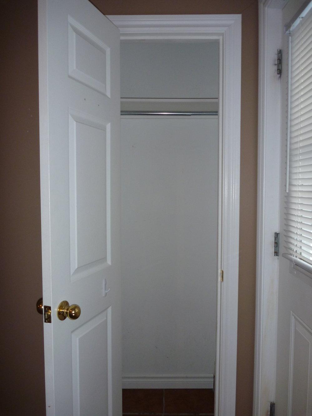 17. Porch Closet.JPG