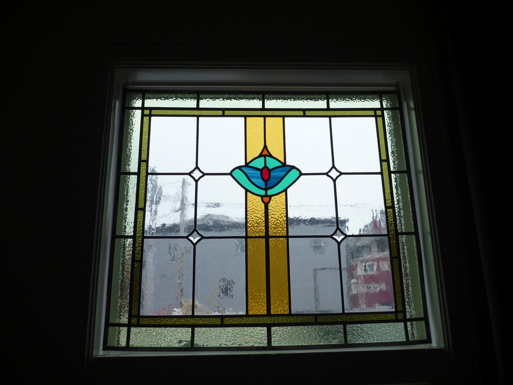 6. Living Room - Stained Glass.JPG