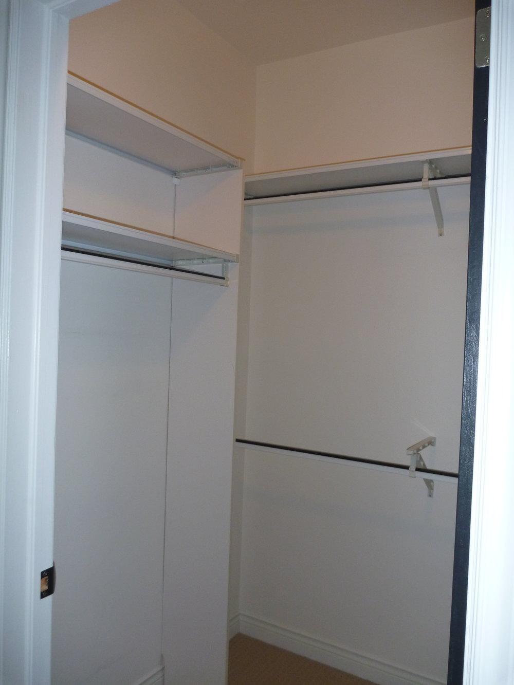 17. Master - Closet.JPG
